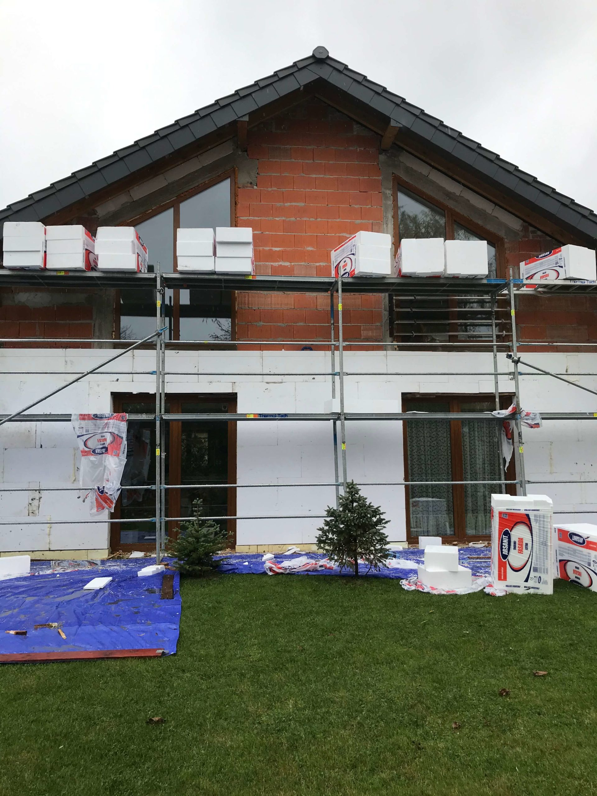 Prace termomodernizacyjne domów jednorodzinnych.