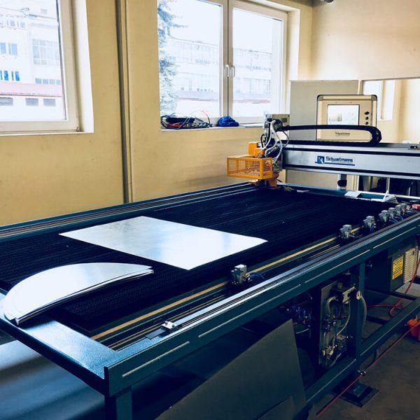 Otwarcie-zakladu-produkcyjnego-maszyny-do-blach-2